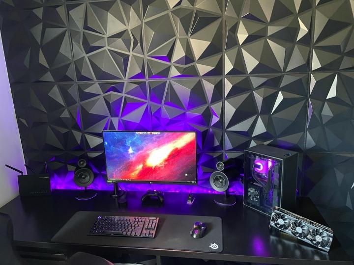 Show_Your_PC_Desk_Part227_12.jpg