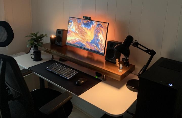 Show_Your_PC_Desk_Part227_17.jpg