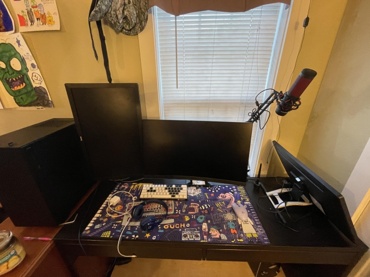 Show_Your_PC_Desk_Part227_40.jpg