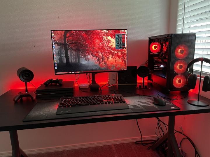 Show_Your_PC_Desk_Part227_44.jpg