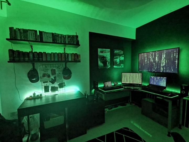 Show_Your_PC_Desk_Part227_47.jpg