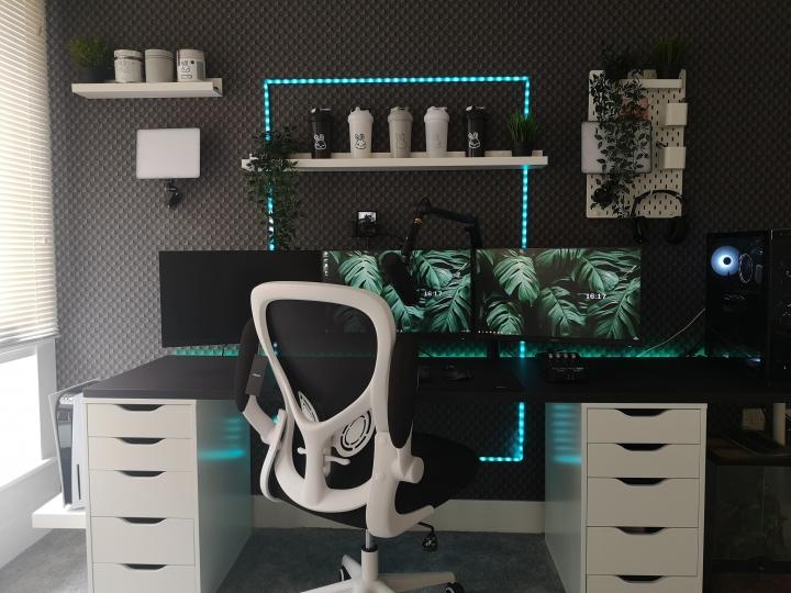 Show_Your_PC_Desk_Part227_52.jpg
