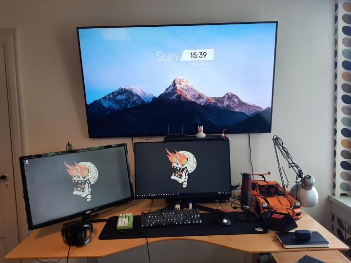 Show_Your_PC_Desk_Part227_78.jpg