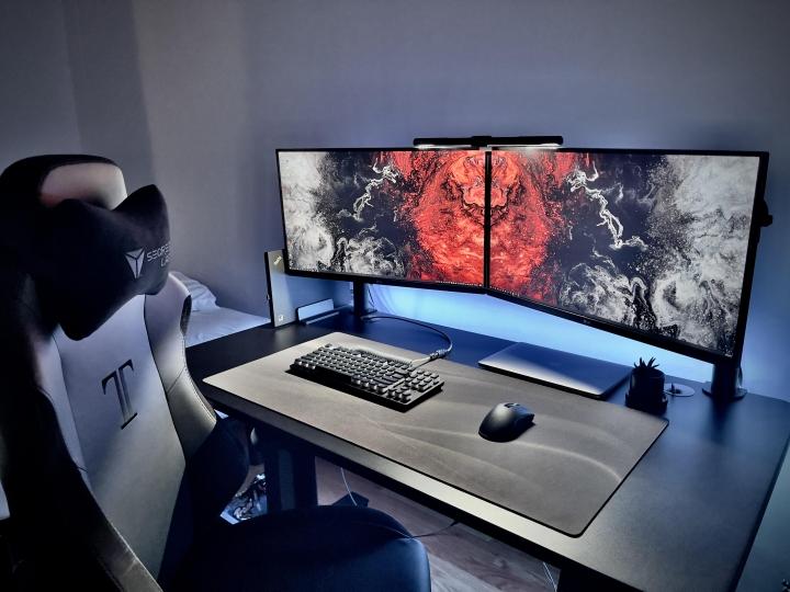 Show_Your_PC_Desk_Part227_90.jpg