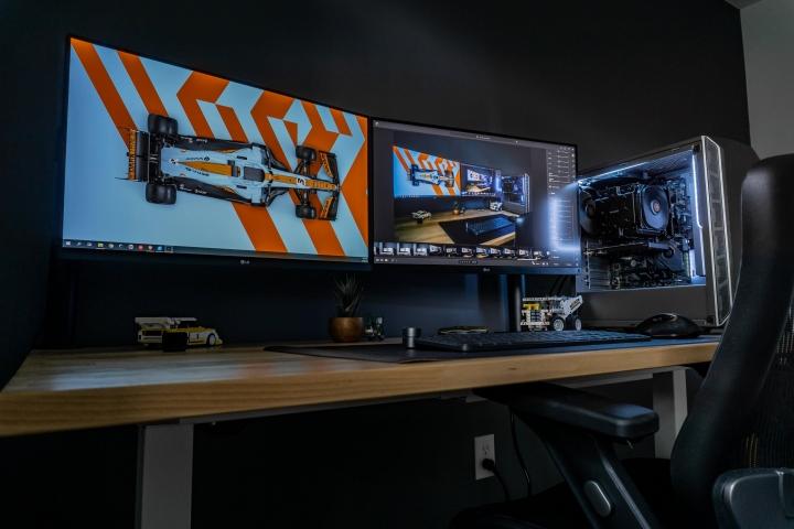 Show_Your_PC_Desk_Part228_01.jpg