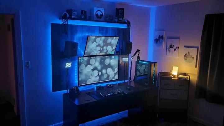 Show_Your_PC_Desk_Part228_06.jpg