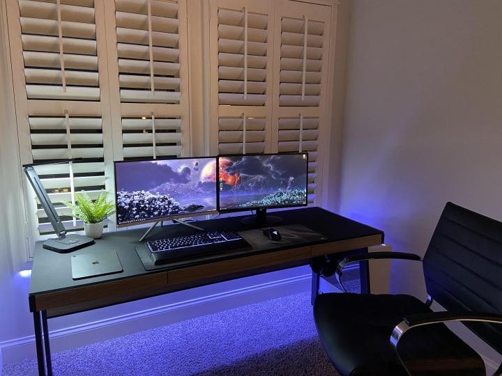 Show_Your_PC_Desk_Part228_20.jpg
