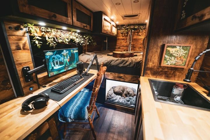 Show_Your_PC_Desk_Part228_21.jpg
