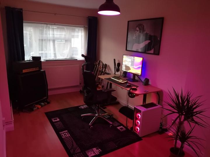 Show_Your_PC_Desk_Part228_23.jpg