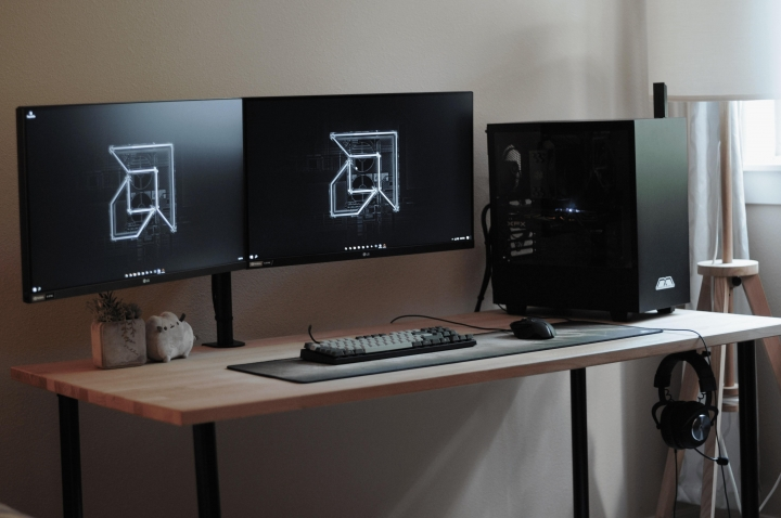 Show_Your_PC_Desk_Part228_51.jpg