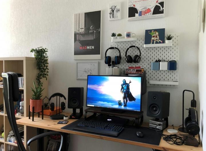 Show_Your_PC_Desk_Part228_60.jpg