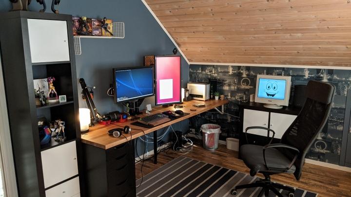 Show_Your_PC_Desk_Part228_64.jpg
