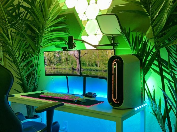 Show_Your_PC_Desk_Part228_66.jpg