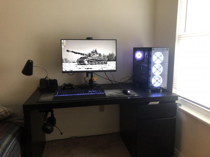 Show_Your_PC_Desk_Part228_82.jpg