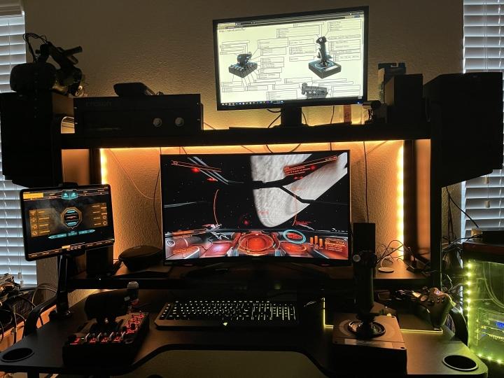 Show_Your_PC_Desk_Part228_84.jpg