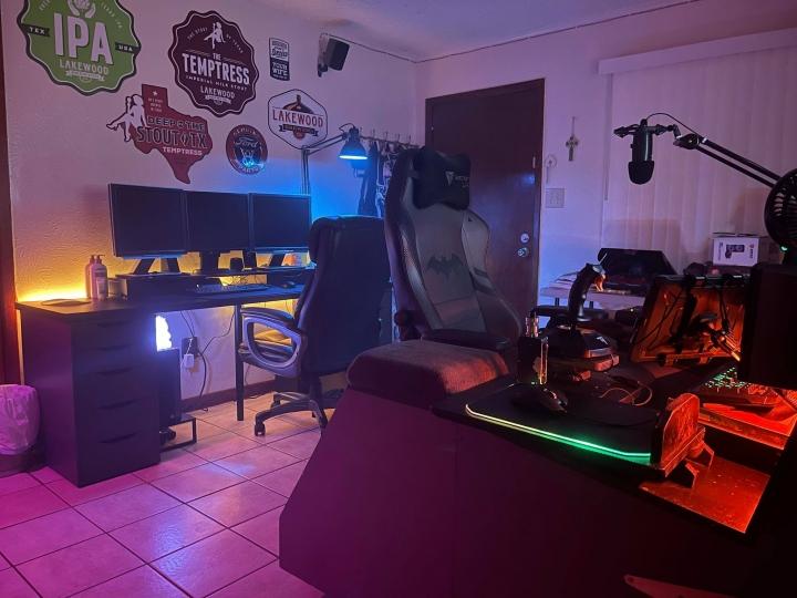Show_Your_PC_Desk_Part228_87.jpg