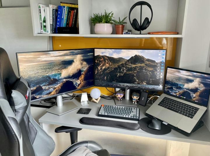 Show_Your_PC_Desk_Part228_89.jpg