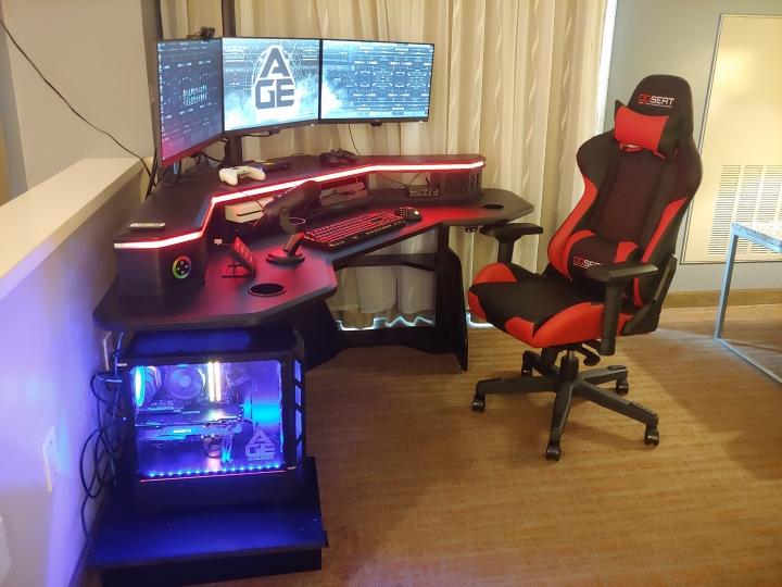 Show_Your_PC_Desk_Part228_91.jpg