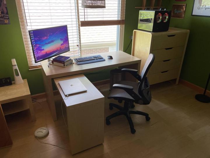 Show_Your_PC_Desk_Part229_04.jpg