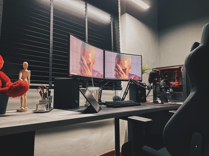 Show_Your_PC_Desk_Part229_07.jpg