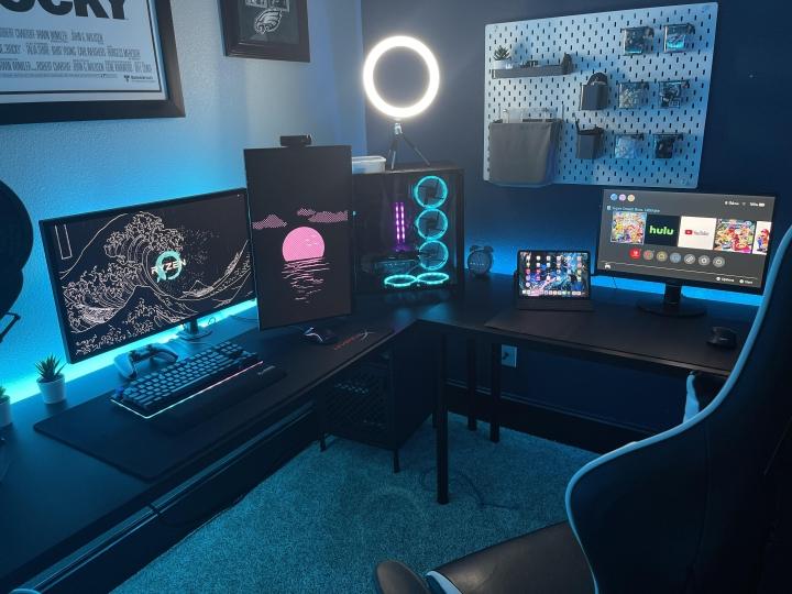 Show_Your_PC_Desk_Part229_10.jpg
