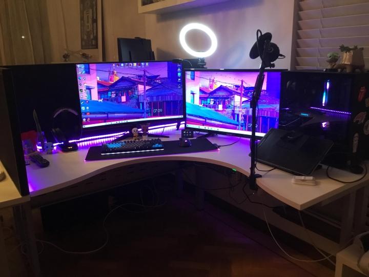 Show_Your_PC_Desk_Part229_32.jpg