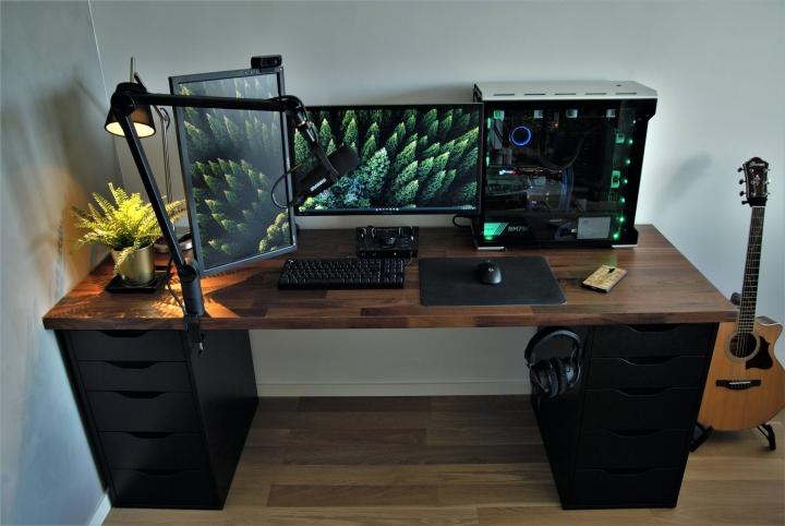 Show_Your_PC_Desk_Part229_34.jpg
