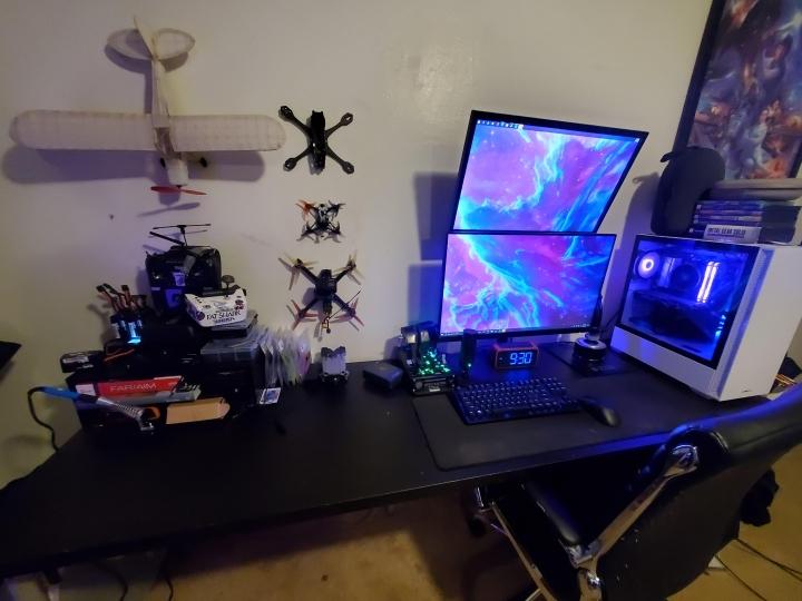 Show_Your_PC_Desk_Part229_38.jpg