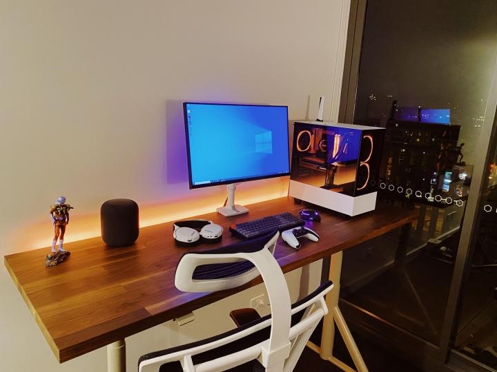 Show_Your_PC_Desk_Part229_48.jpg
