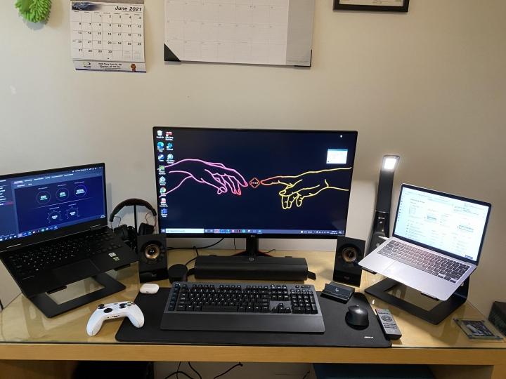 Show_Your_PC_Desk_Part229_77.jpg