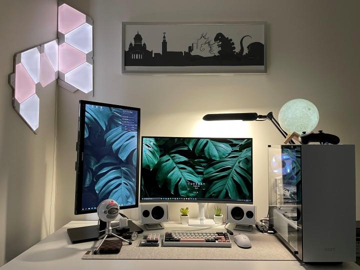 Show_Your_PC_Desk_Part229_99.jpg