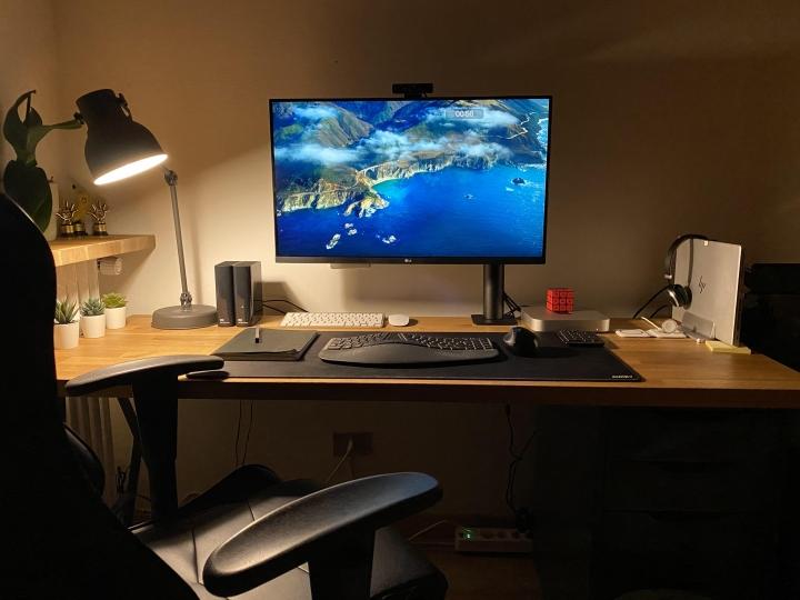 Show_Your_PC_Desk_Part230_02.jpg