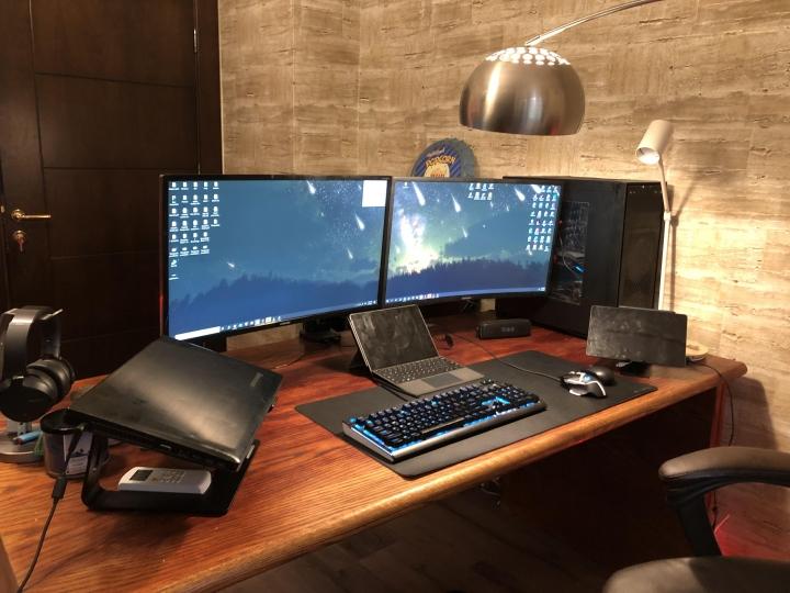 Show_Your_PC_Desk_Part230_05.jpg