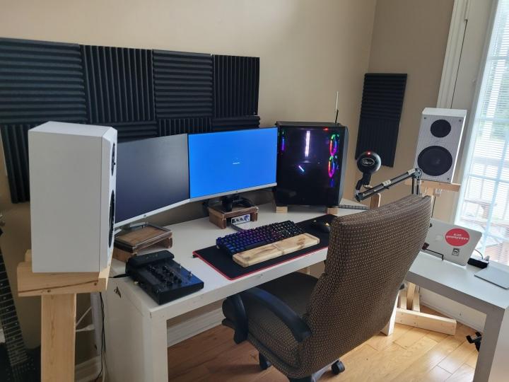 Show_Your_PC_Desk_Part230_22.jpg