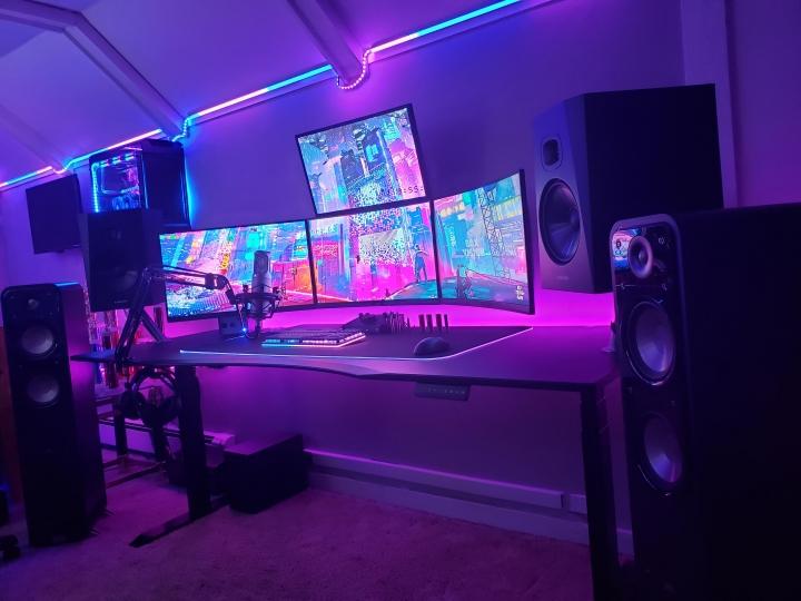 Show_Your_PC_Desk_Part230_35.jpg