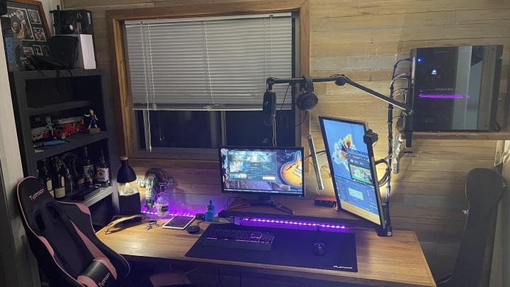 Show_Your_PC_Desk_Part230_47.jpg