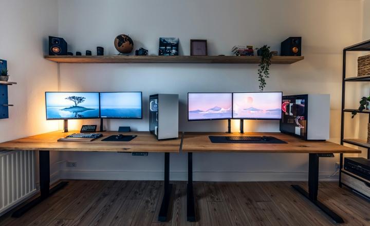Show_Your_PC_Desk_Part230_64.jpg