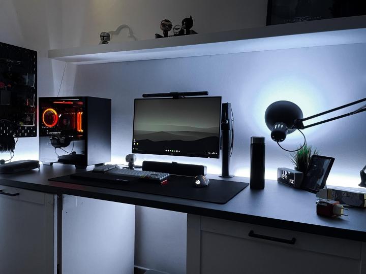 Show_Your_PC_Desk_Part230_66.jpg