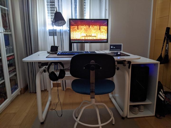 Show_Your_PC_Desk_Part230_69.jpg
