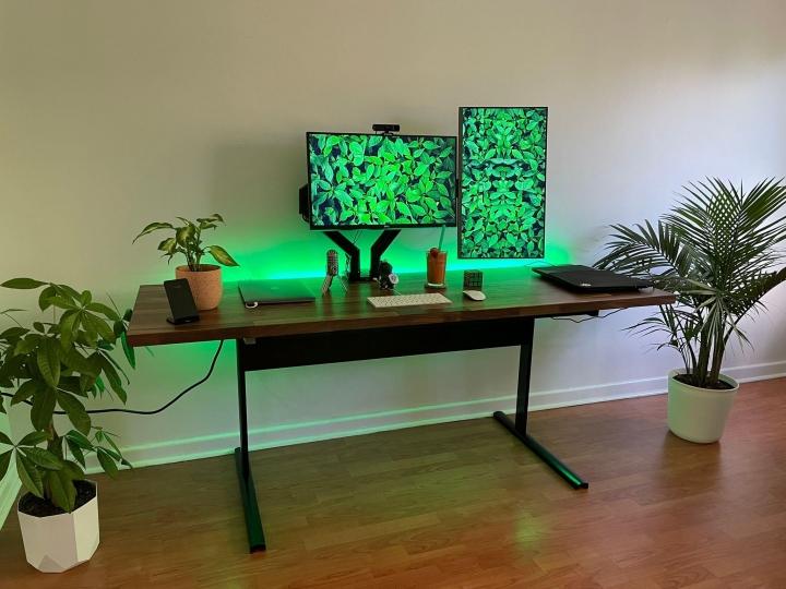 Show_Your_PC_Desk_Part230_76.jpg