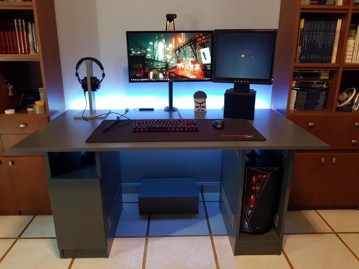 Show_Your_PC_Desk_Part230_77.jpg