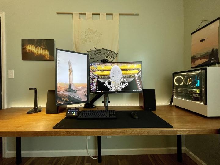 Show_Your_PC_Desk_Part230_98.jpg