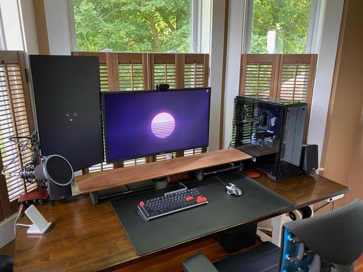 Show_Your_PC_Desk_Part231_10.jpg