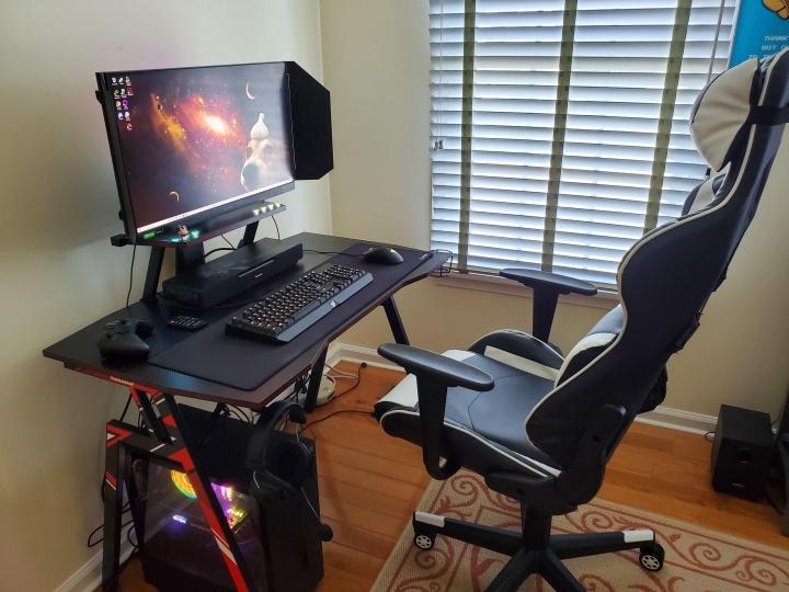 Show_Your_PC_Desk_Part231_15.jpg