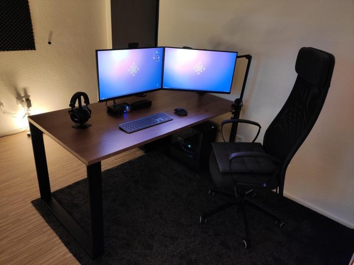 Show_Your_PC_Desk_Part231_50.jpg