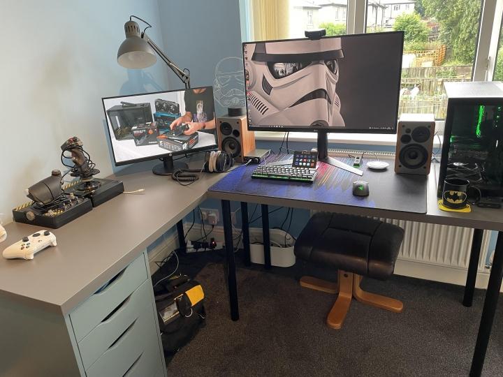Show_Your_PC_Desk_Part231_51.jpg