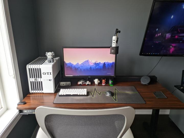 Show_Your_PC_Desk_Part231_59.jpg