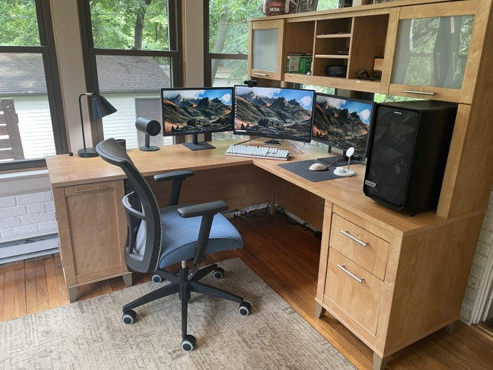 Show_Your_PC_Desk_Part231_66.jpg