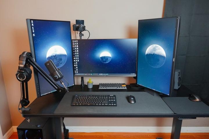 Show_Your_PC_Desk_Part231_77.jpg