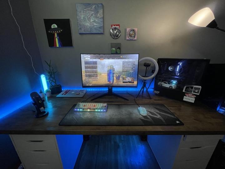 Show_Your_PC_Desk_Part231_78.jpg